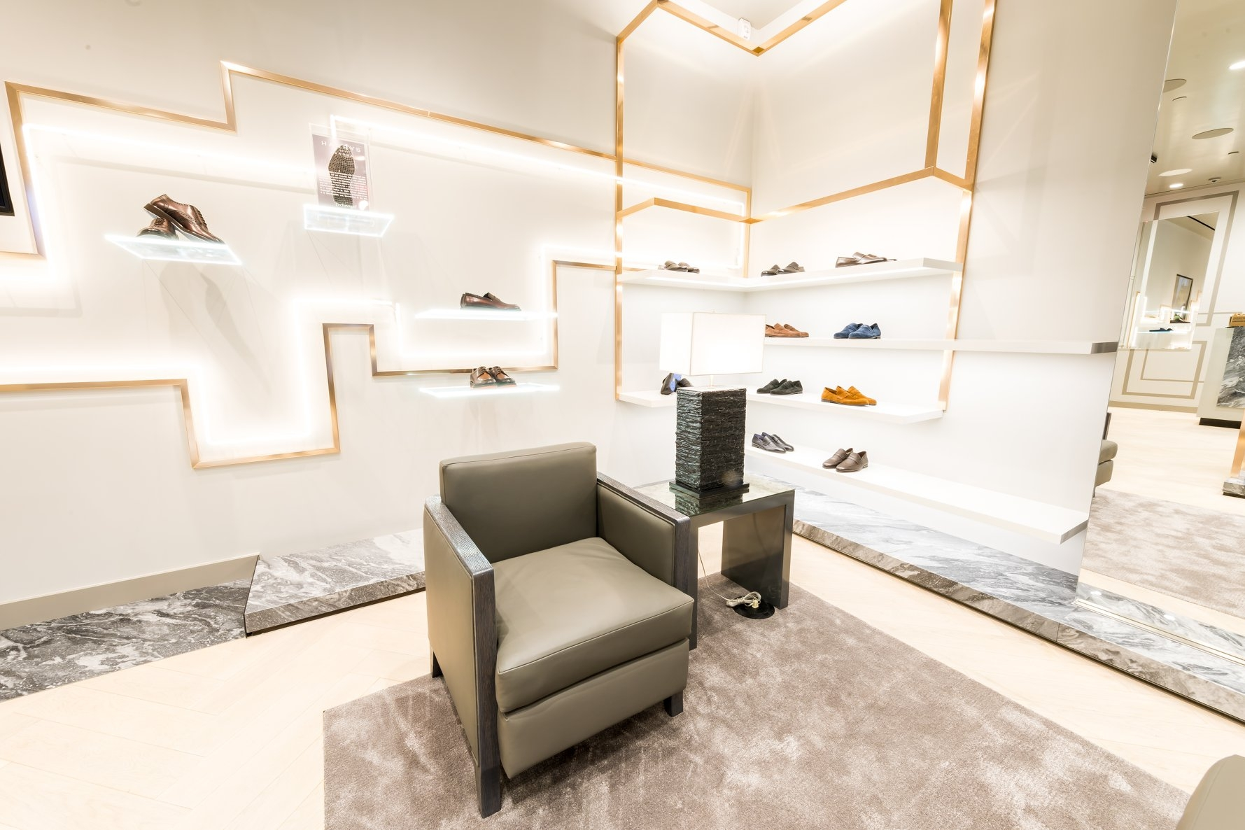 Harrys of London  shop design in New York by Christian Lahoude Studio