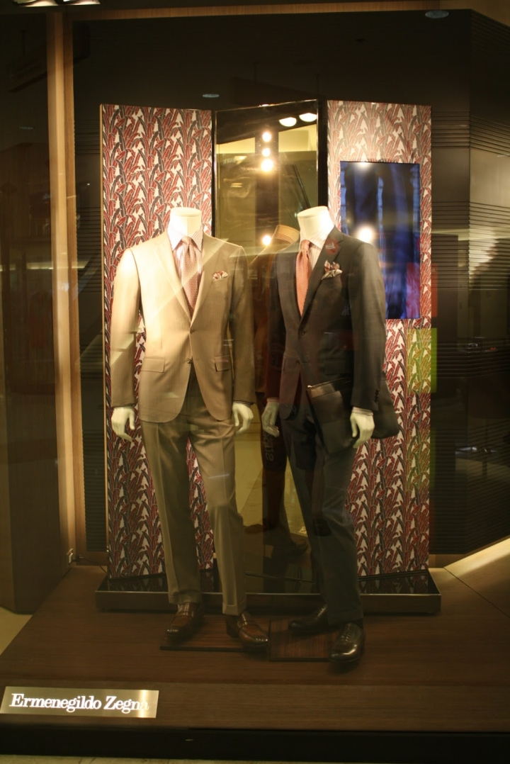 Ermenegildo Zegna windows display in Bangkok