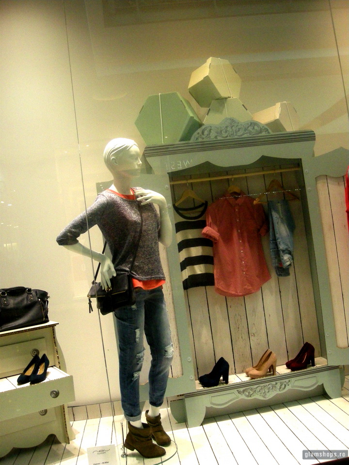New look spring shop windows in Baneasa Shopping City- Bucharest