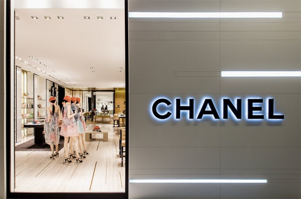 Inside the new Chanel store in the JK Iguatemi mall