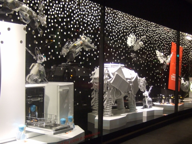 THE ARCTIC NORTH POLE SCENE - John Lewis windiws display