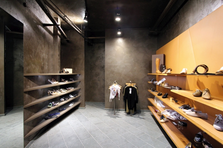 Stratmann Shoes Store by Kitzig Interior Design
