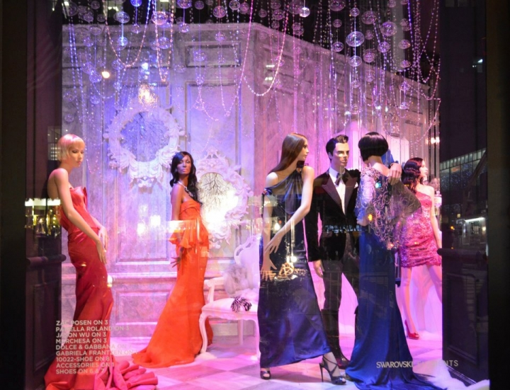 SAKS FIFTH AVENUE  christmas windows display New York
