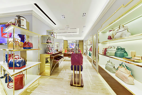 Furla's store design in Hong Kong by HMKM