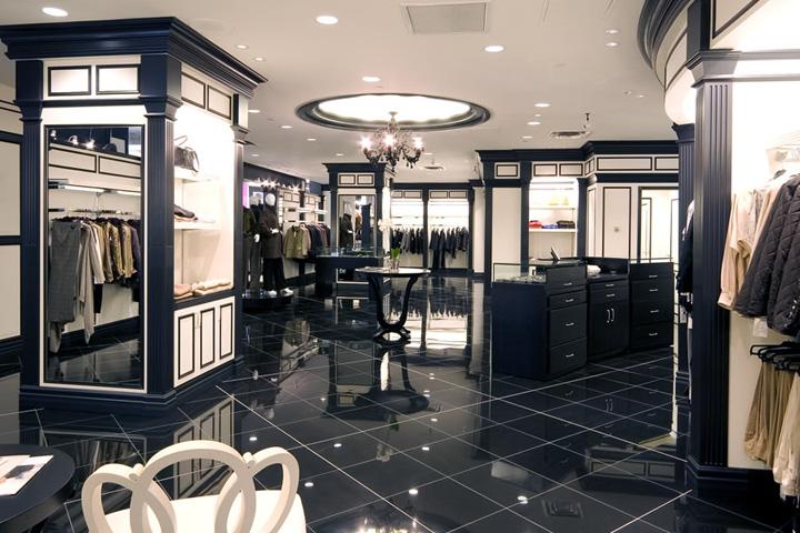 LA Chic classical style shop in Calgary
