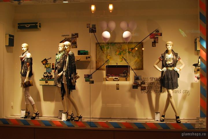 Stradivarius shop windows - Unirea Shopping Center Bucharest