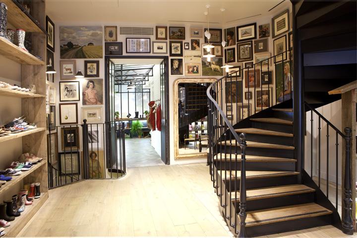 AIGLE flagship store, Paris