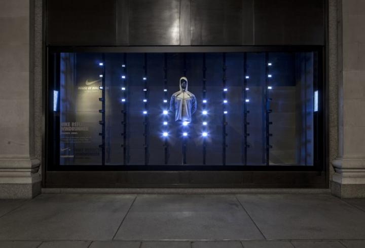 Nike's Reactive,Kinetic Window Displays