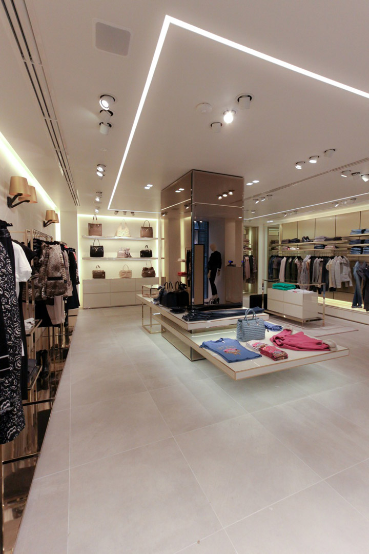 Liu Jo collection flagship store by Christopher G. Ward, Padova – Italy