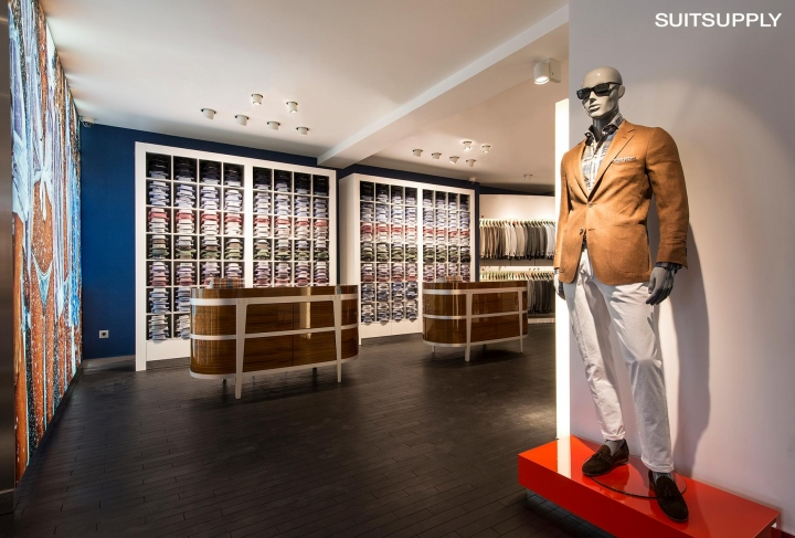 Suitsupply in Moscow