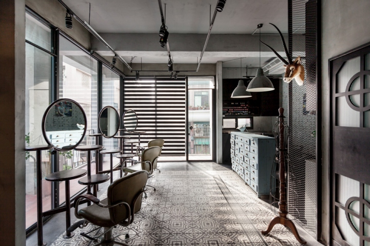 Split-Level Hair Salon by Hao Design