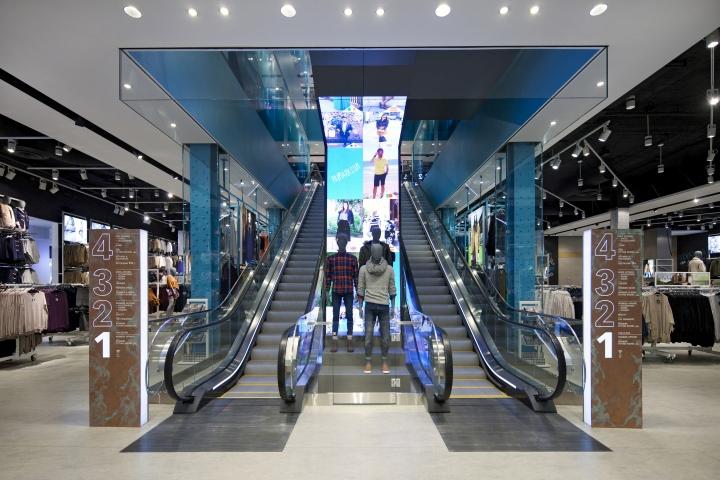 Primark Flagship Store by Dalziel & Pow, Boston