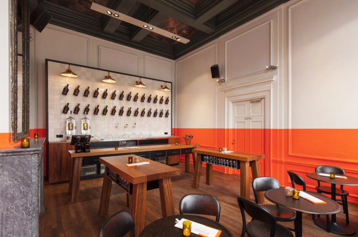 HOPPA! Beer Bar and Brewery in Amsterdam by concrete