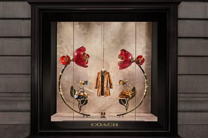 Coach - Bloom  window