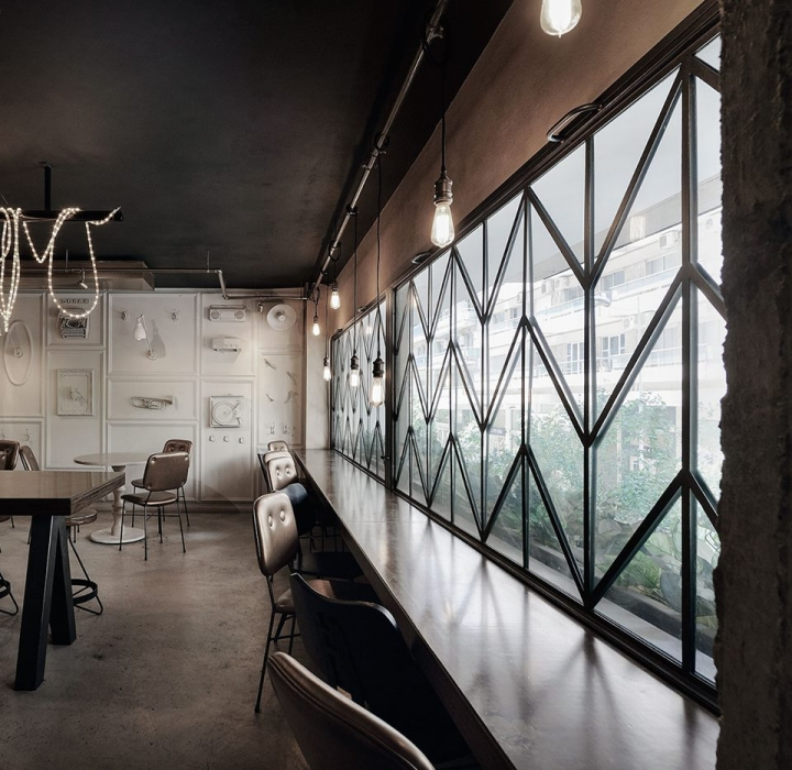 Cheval Bar and Restaurant in Thessaloniki by Ark4Lab of Architecture