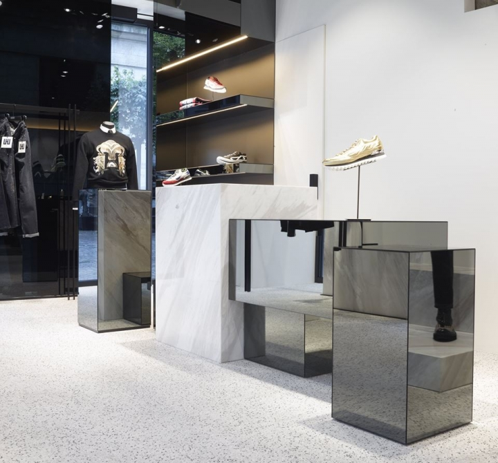 LES HOMMES Belgian menswear flagship store by Piuarch