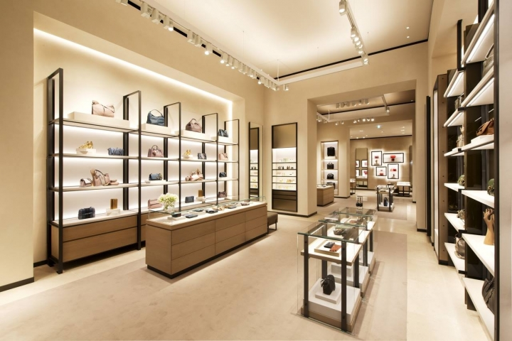 Bottega Veneta opens new store in Milan by Tomas Maier