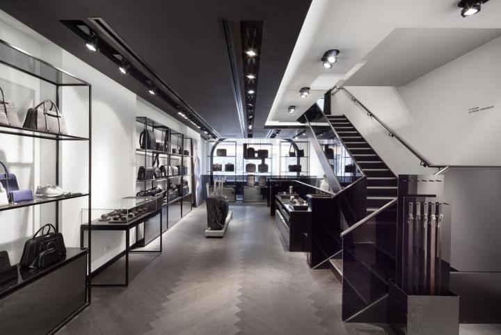 Porsche Design in  Harrods London by plajer & franz studio
